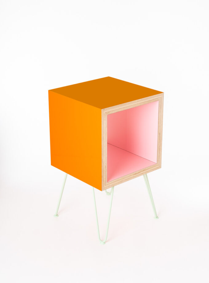 Ace & Reno Storage Cube Gloss Peach Exterior Matt Pink interior on Pale Green Hairpin Legs